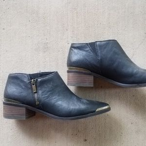NWOT - Lucky Brand Black Leather Koben Ankle Boot